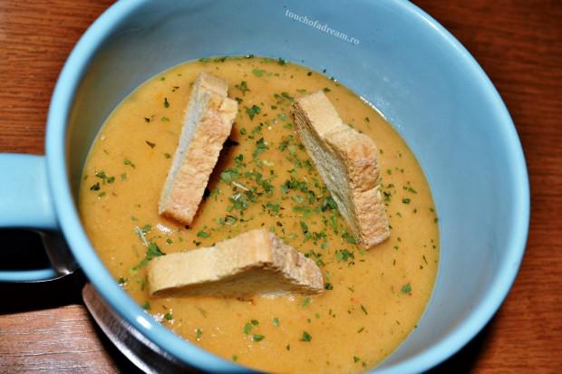 supa crema de legume cu usturoi