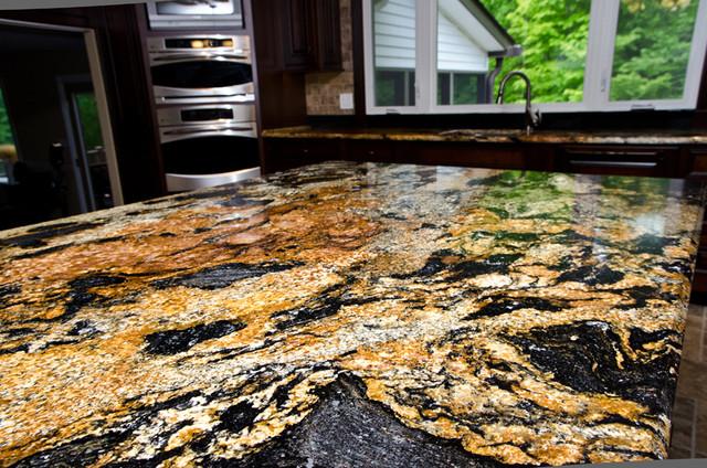 Roca Magmatica In Casa Ta Placare Cu Granit