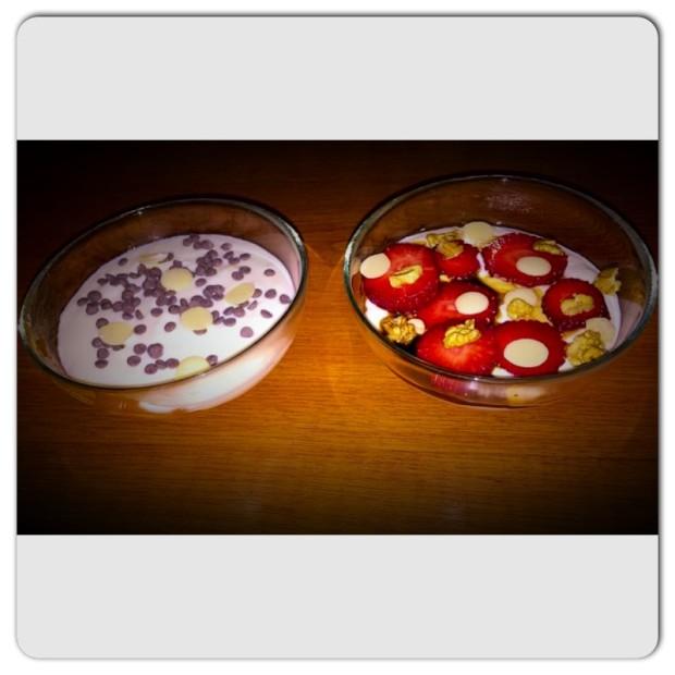 spuma de iaurt cu fructe