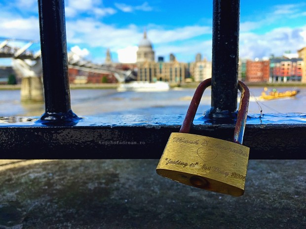 london lock bridge touchofadream