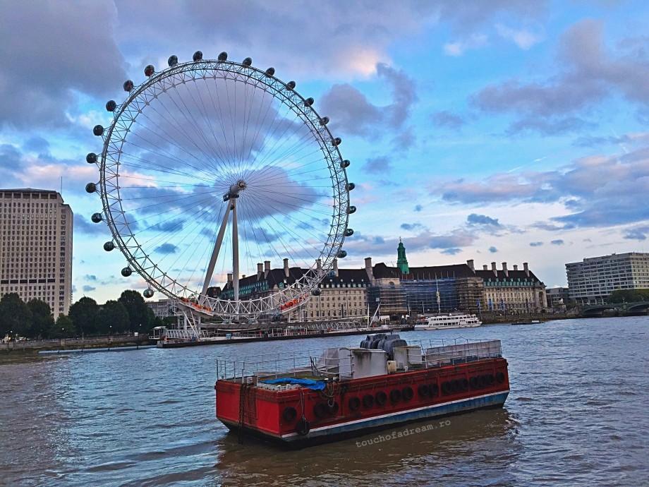 roata London Eye toamna