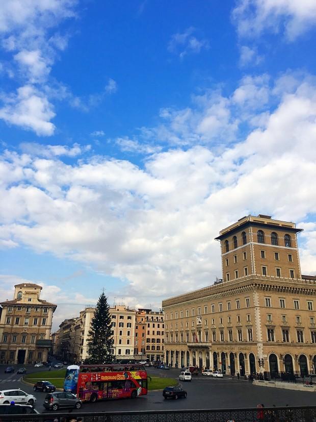 Piata Venetia monumentul Vittorio roma