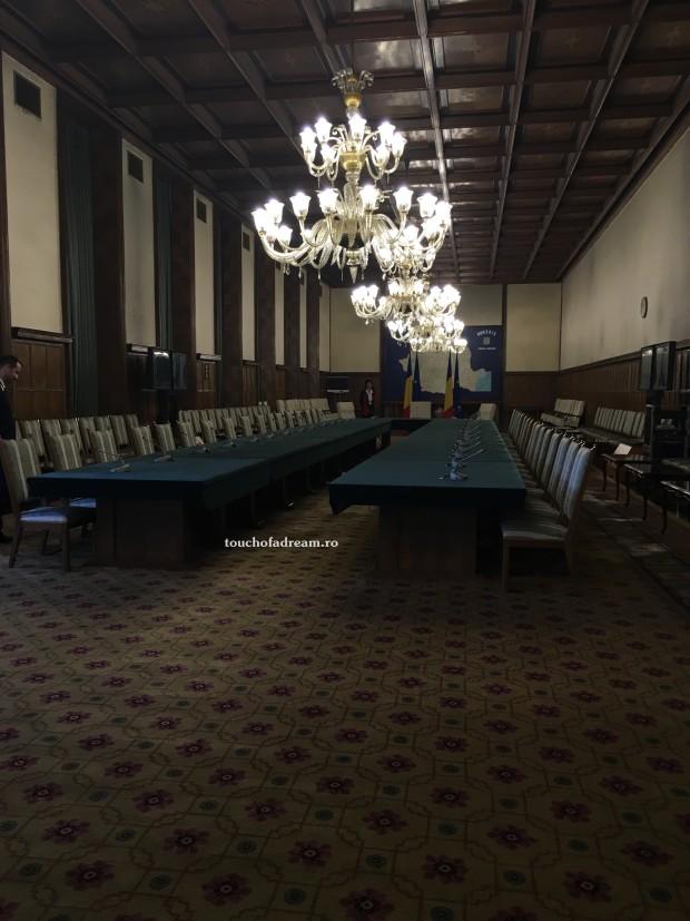 Sala sedintelor de Guvern la Palatul Victoria