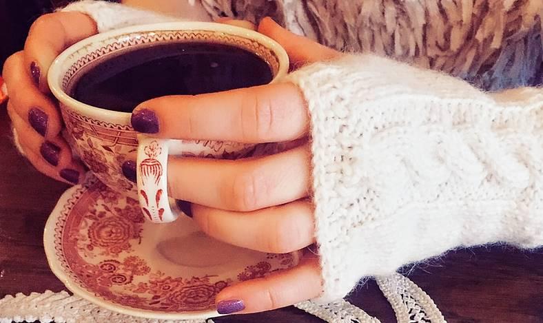 cafea camera din fata