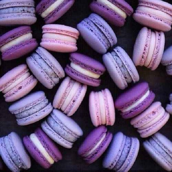 ultra violet culoarea anului 2018