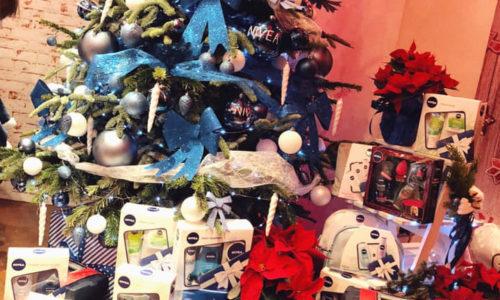 Pachete cadou de Crăciun oferite de NIVEA, menite să aducă zâmbete